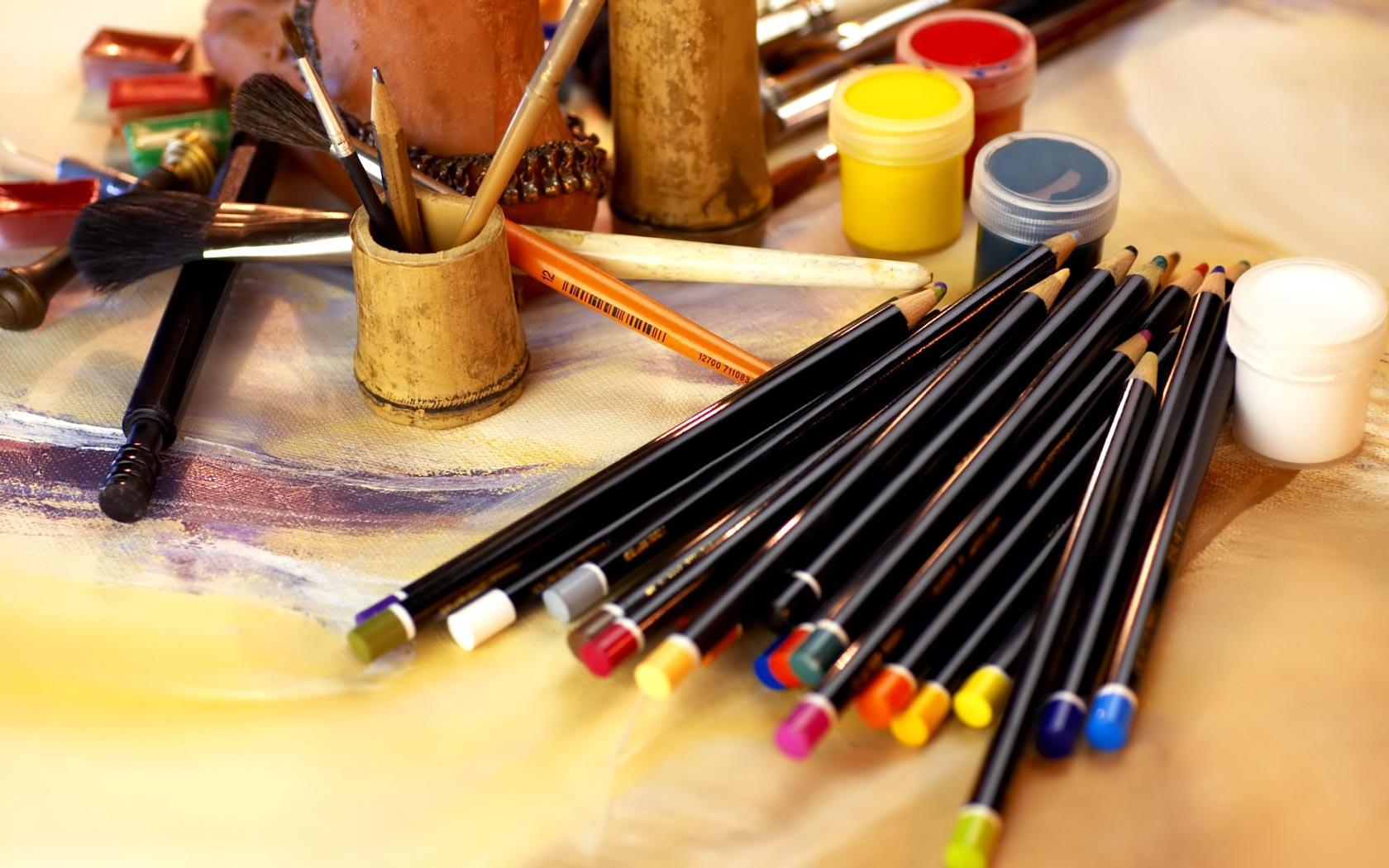 4 struggles of a self proclaimed artist